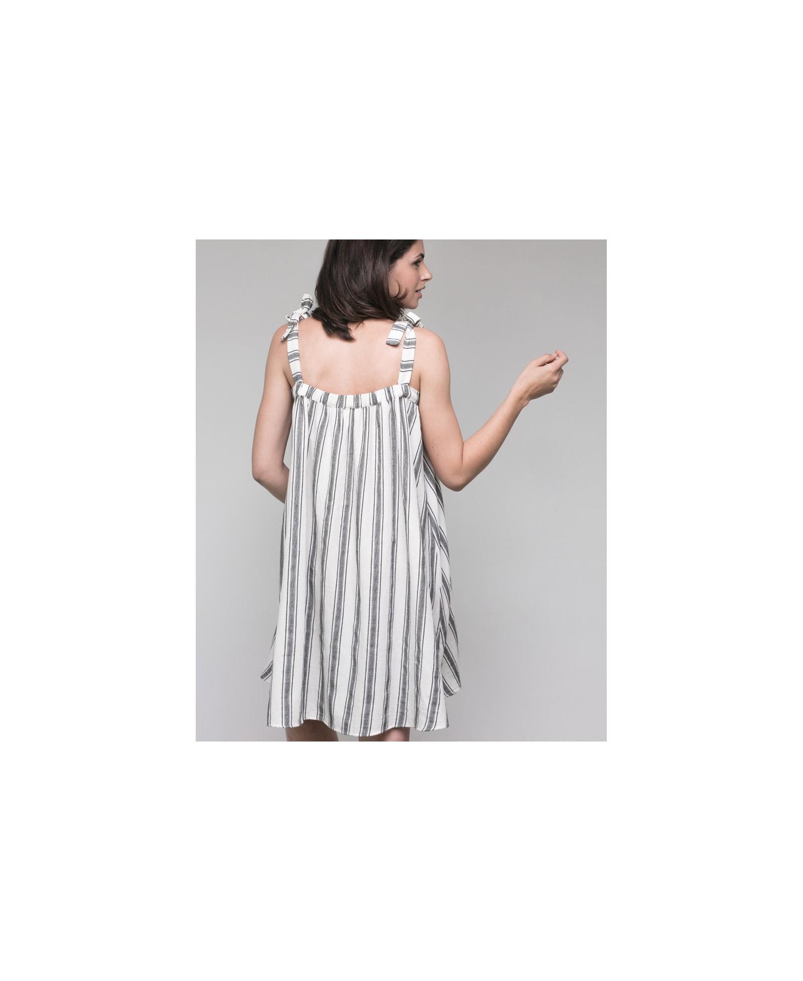 fba43c73262 Elegant dress Jospephine l during   after pregnancy