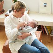Dimanche ♥️ — Modèles parfaits Delphine & bébé Jean 😍 — Delphine porte notre chemise Anita écrue en lange 100% coton bio, tout aussi belle portée pendant la grossesse, et longtemps après. —  #nouveauchapitre #nouveaucorps #nouveauvestiaire #allaitement #breastfeeding #maman #futuremaman #enceinte #grossesse #maternité #baby #babybump #postpartum #mumtobe #motherhood #allaitement #madeinportugal #modedurable #jolibump